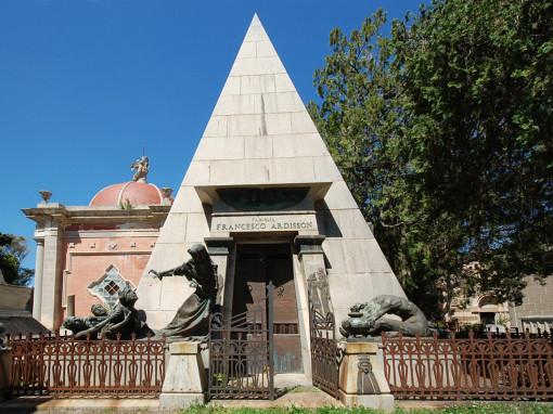 Ardisson Pyramid