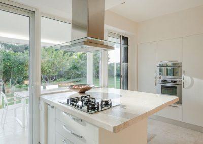 Joao-Morgado-Cucina-in-marmo-interni