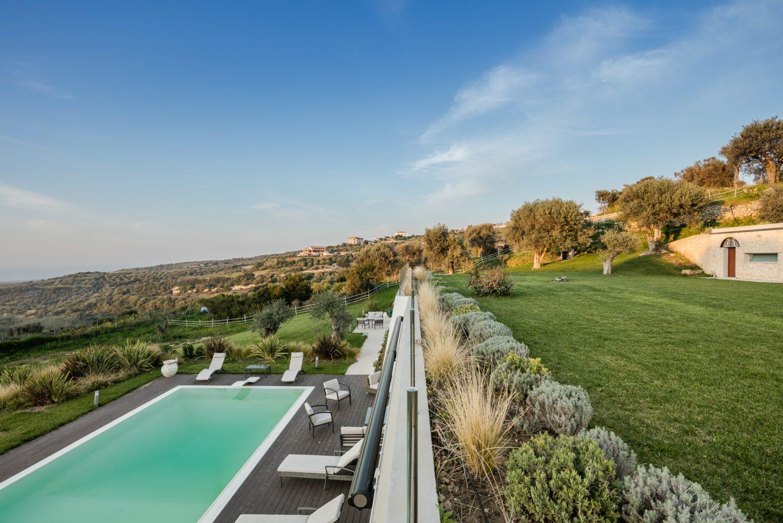Una terrazza sulla collina - Officina29 Architetti ...